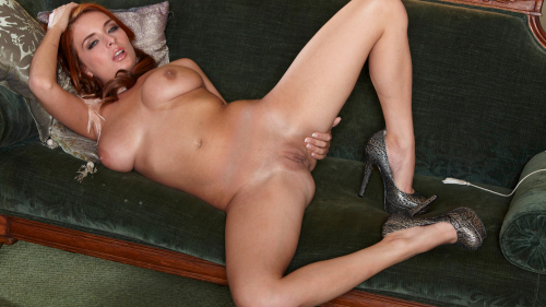 Ashley Graham Beautiful Sexy Naked Babe on Couch