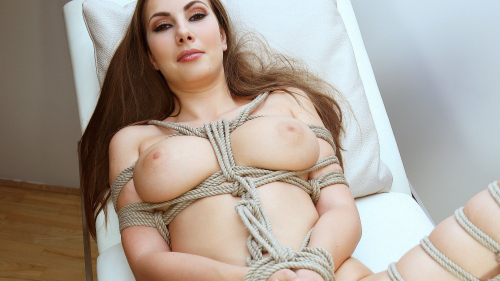 Connie Carter Pretty Sexy Hot Naked Girl in Bondage