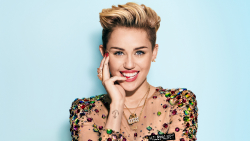 Miley Cyrus Pretty Young Smiling Girl