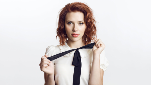 Scarlett Johansson Pretty Sexy Girl with Orange Hair
