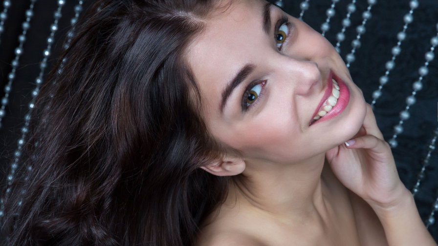 Evita Lima Hot Young Babe with Cute Face and Beautiful Smile
